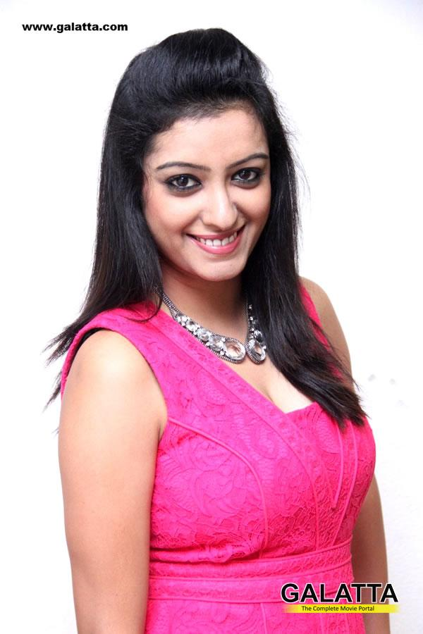 Nisha Sun Tv Anchor 4 min Nisha Sun