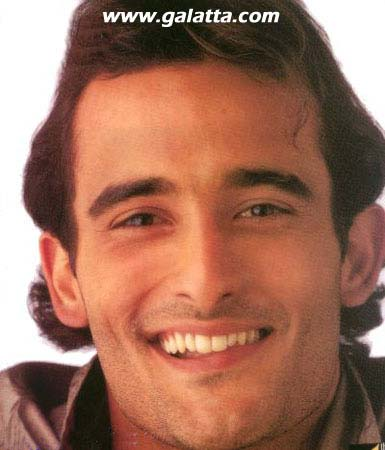 Akshay Khanna Photos