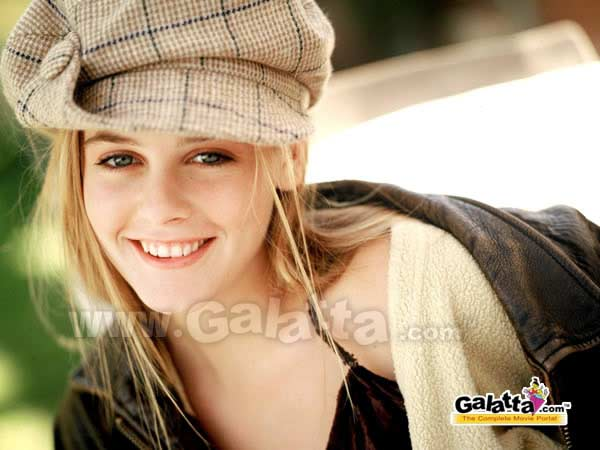 Alicia Silverstone Photos