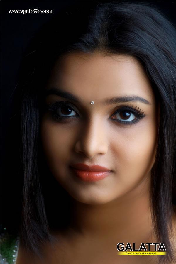 Deepthi Photos