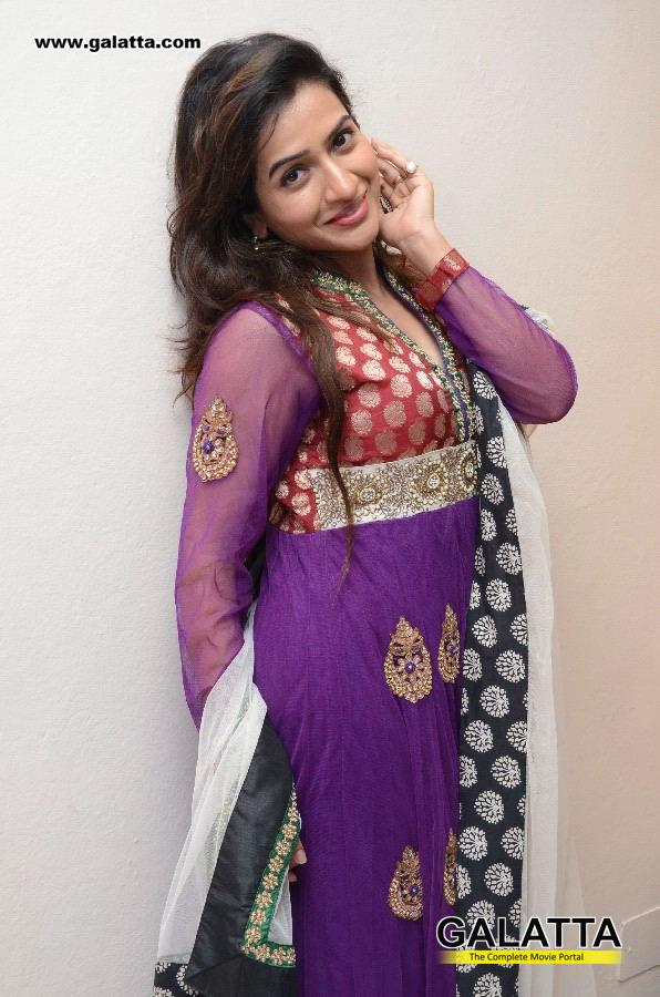 Devana Photos