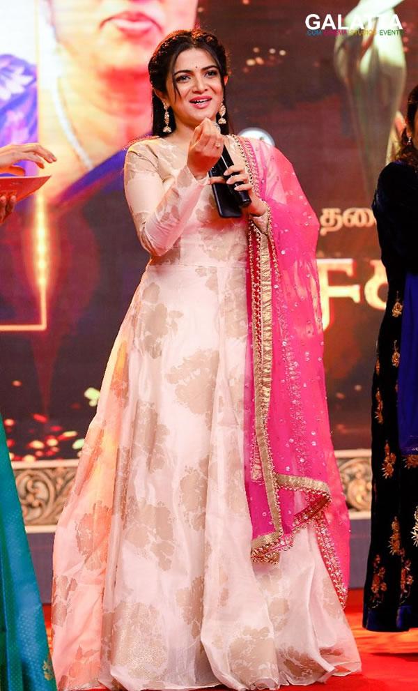 Dhivya Dharshini Actress Wiki