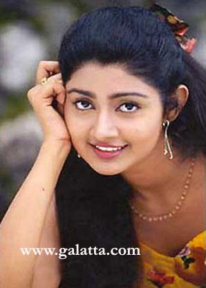 DivyaUnni Actress Wiki
