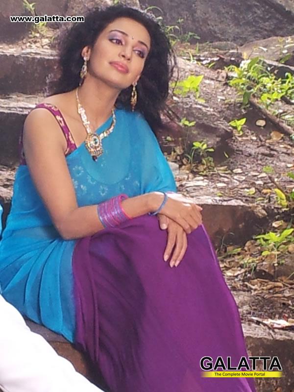 Flora Actress Wiki