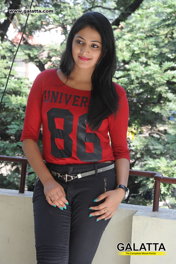 Haripriya Photos