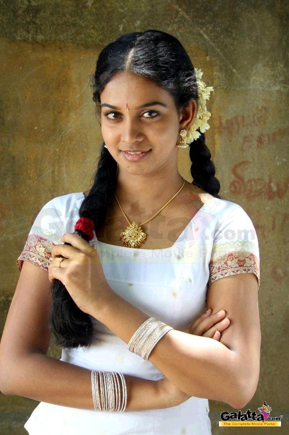 Karthiga Actress Wiki