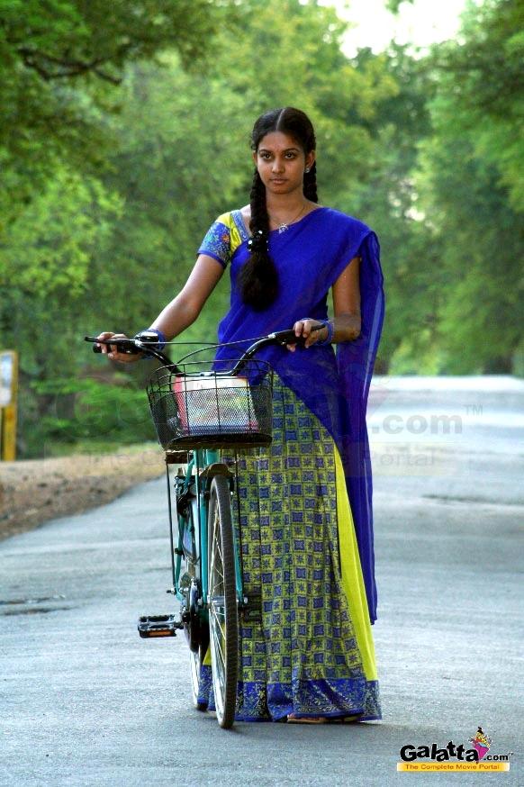 Karthiga Photos