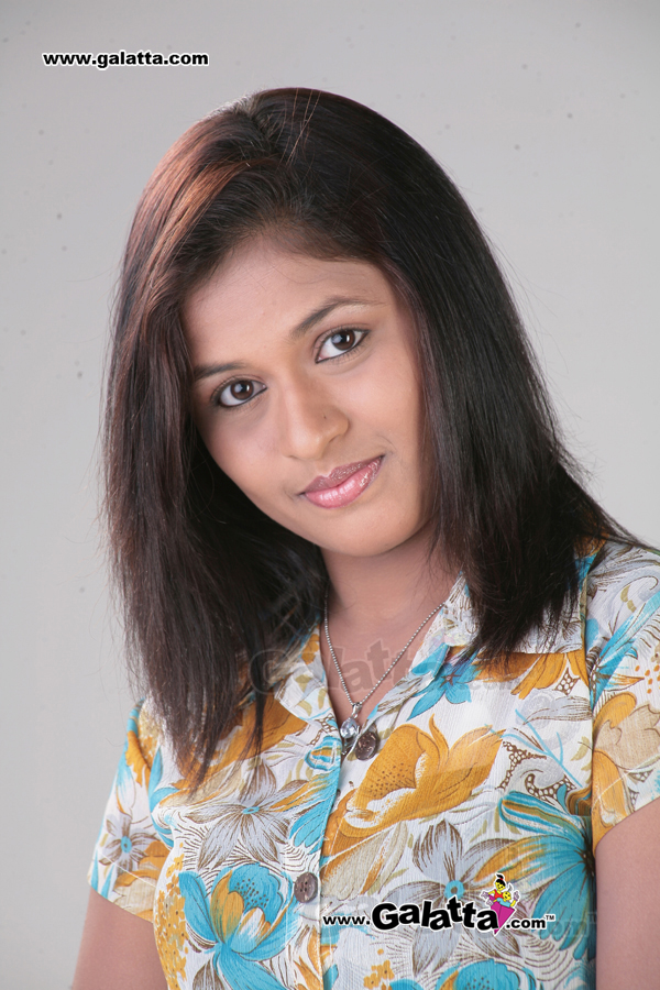 Kruthika Actress Wiki