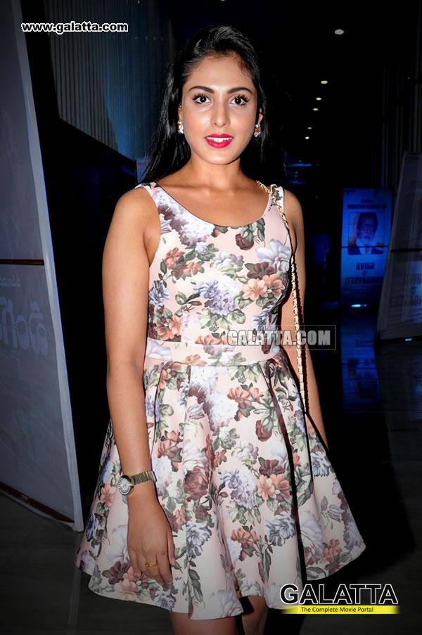 Madhu Shalini Actress Wiki