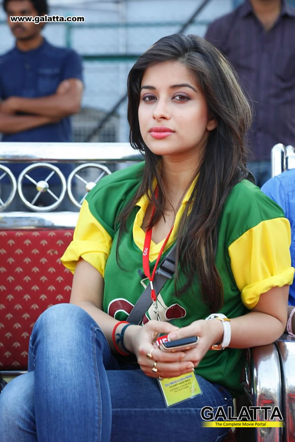 Madhurima Banerjee Photos