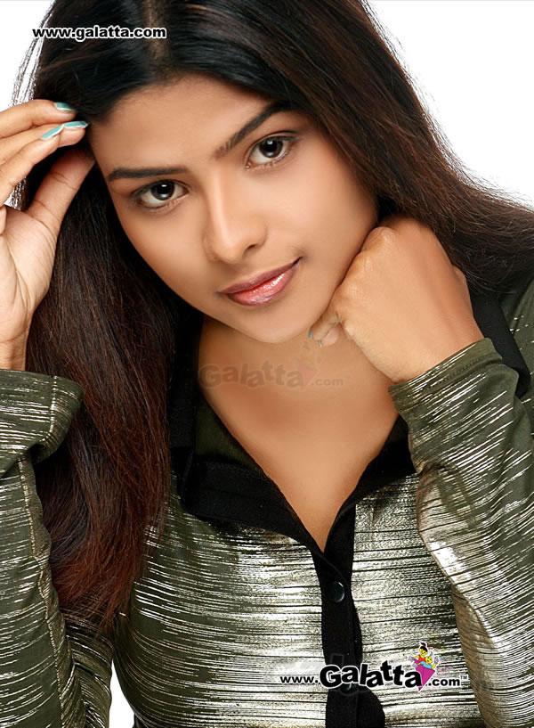 Maheshwari Actress Wiki