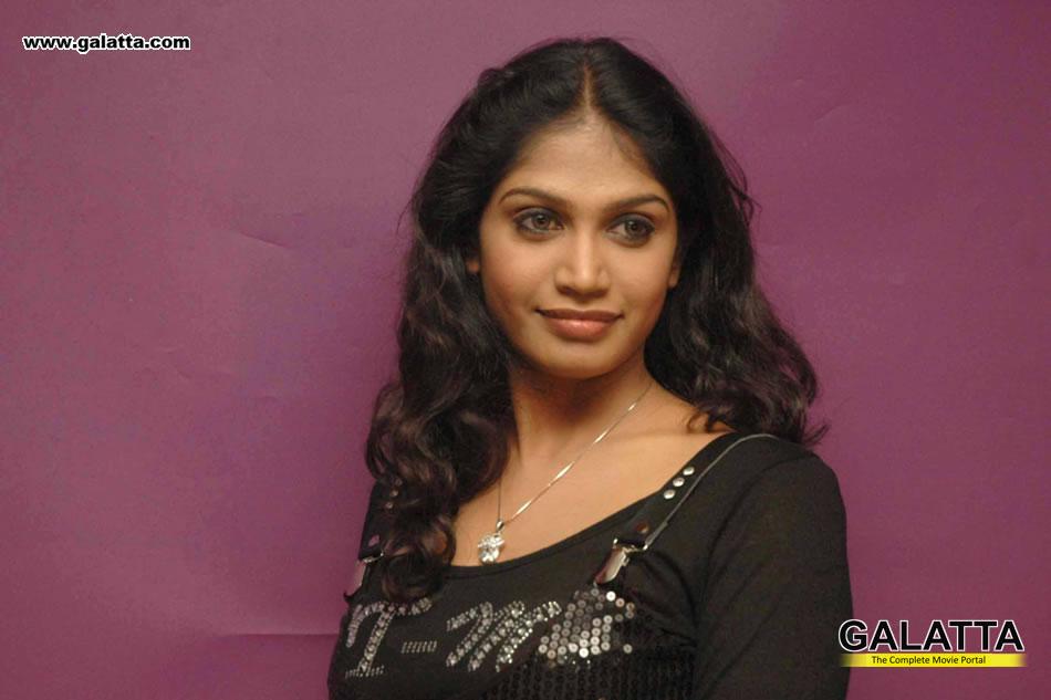 Manasi New Actress Wiki