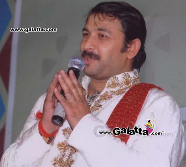 Manoj Tiwari Photos
