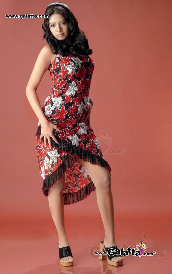 Maya Reddy Photos
