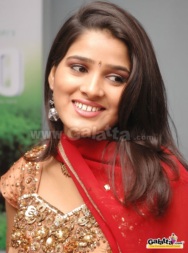 Mounisha Actress Wiki
