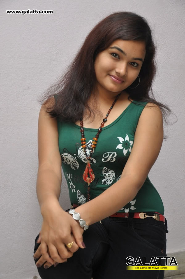 Mythili Photos