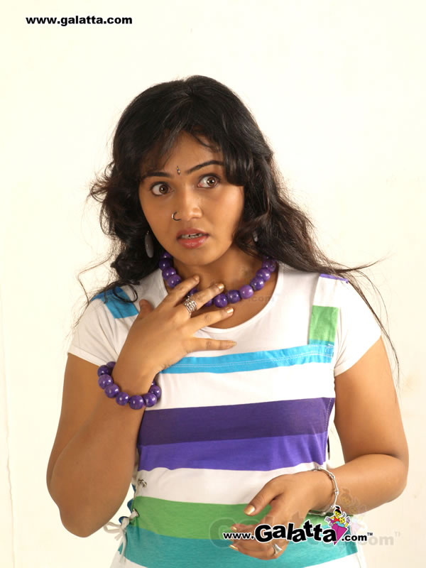 Neenu Karthika Photos