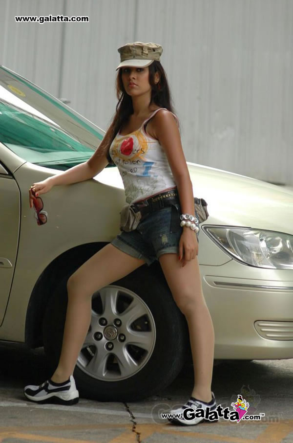 Nisha Kothari A.K.A Amoha Actress Wiki