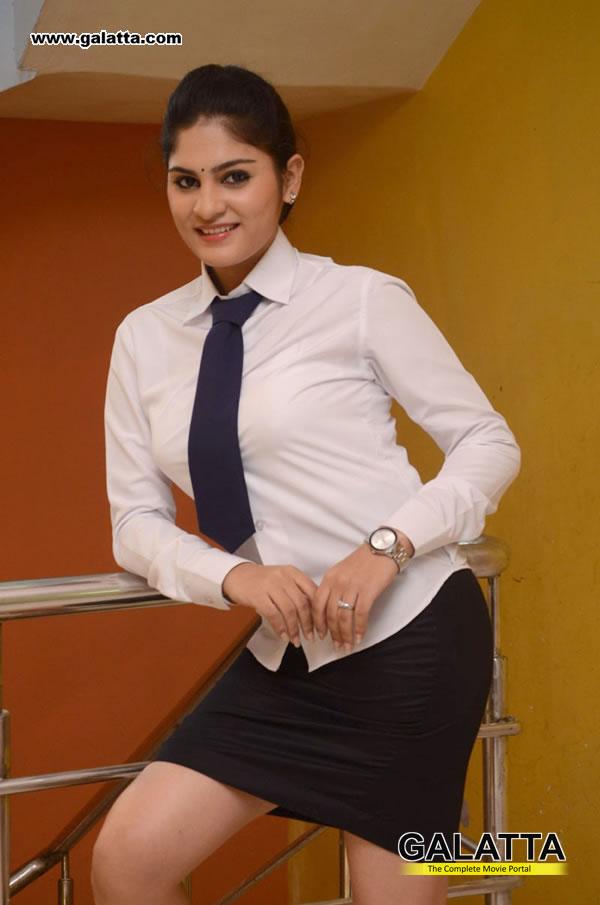 Parnika Actress Wiki