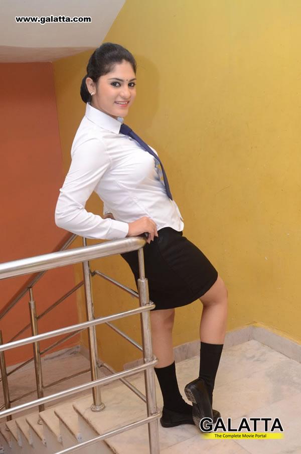 Parnika Photos