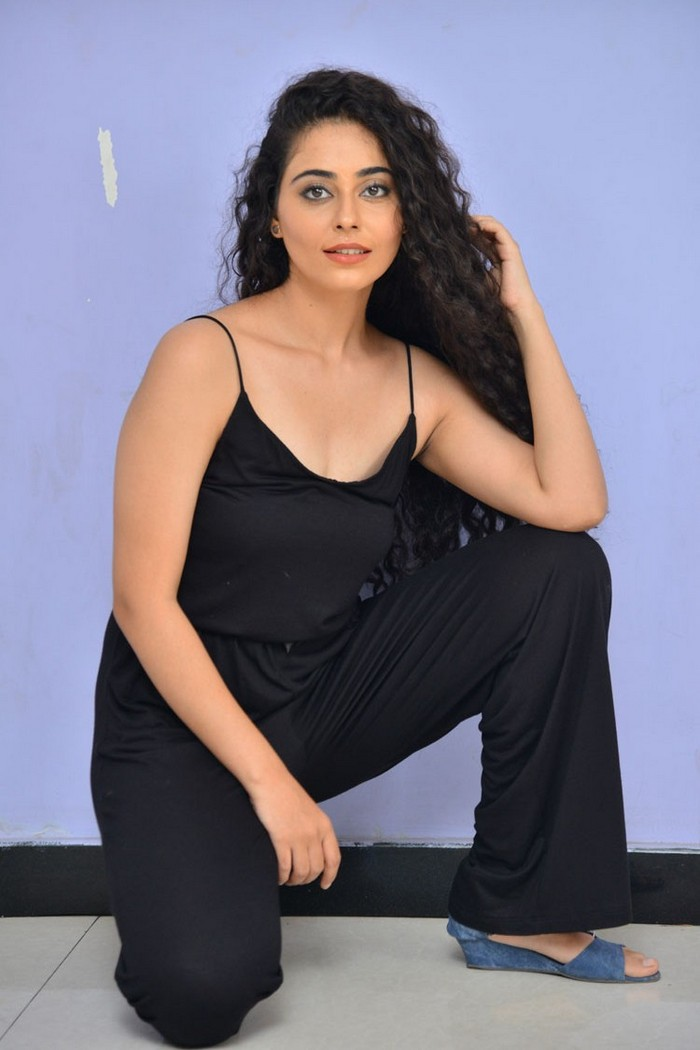 Payal Wadhwa Photos