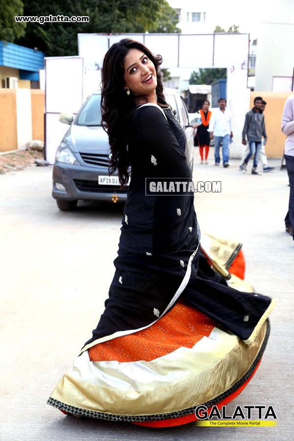 Poonam Kaur Actress Wiki