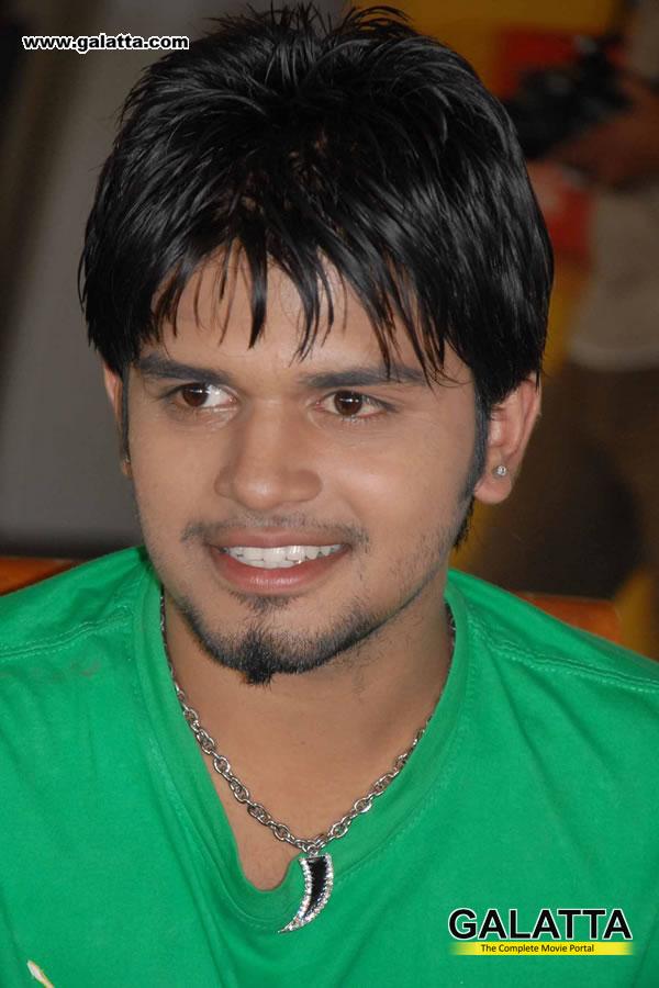 Pradeep Photos
