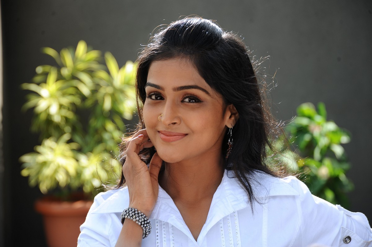 Remya Nambisan Photos
