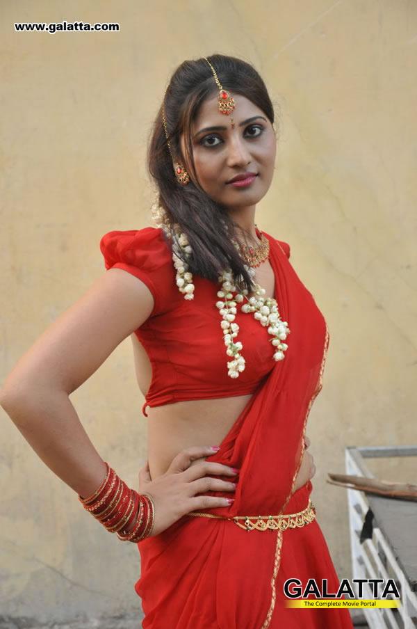 Reshmi Old Photos
