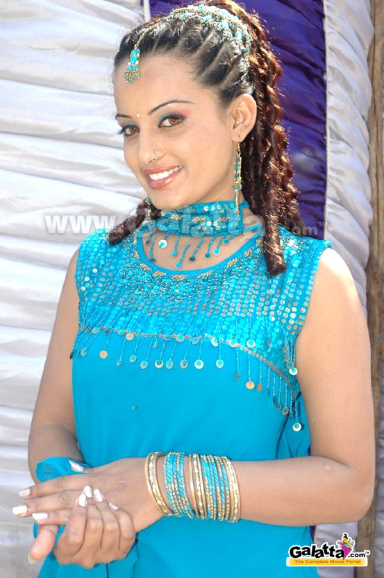 Roopa Photos