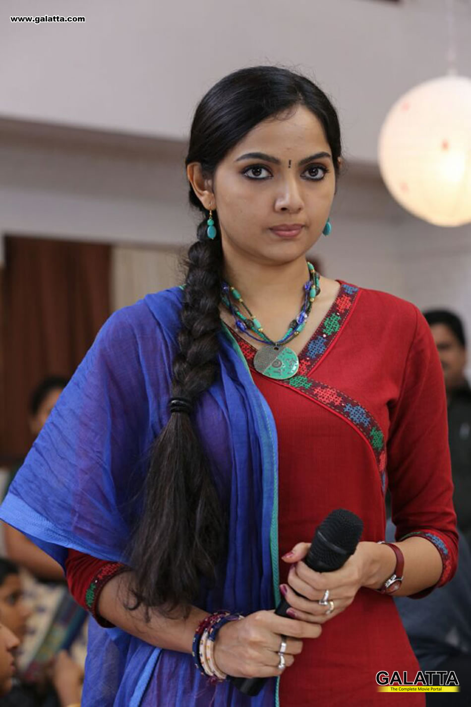 Samvrutha Sunil Photos