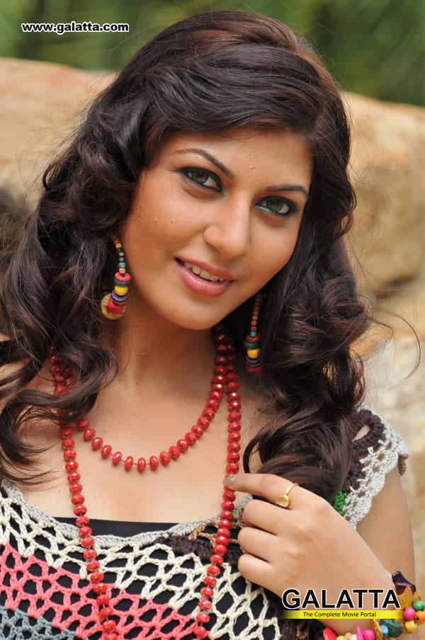Sarah Sharma Actress Wiki