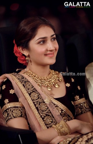 Sayesha photos