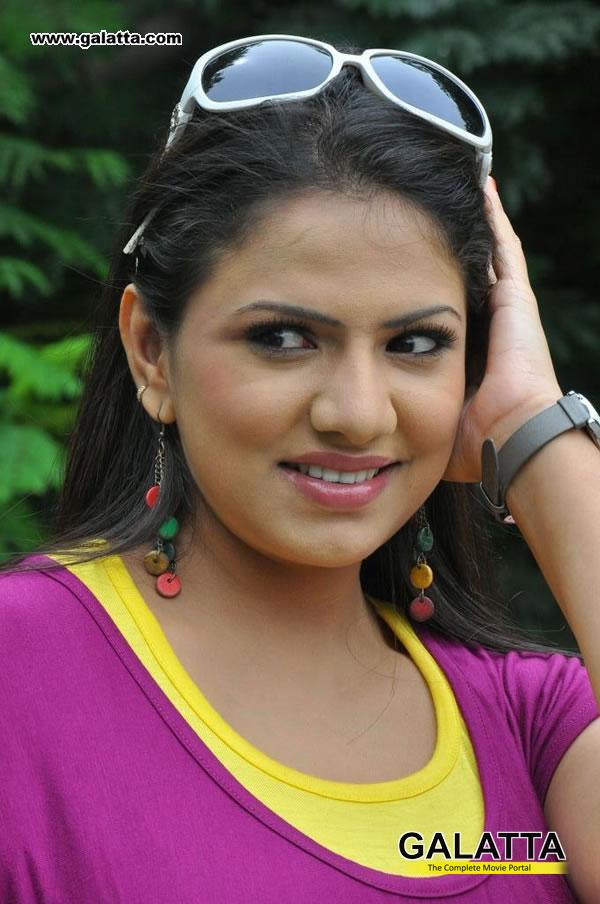 Shivani Actress Wiki