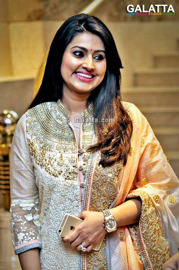 Sneha Actress Wiki