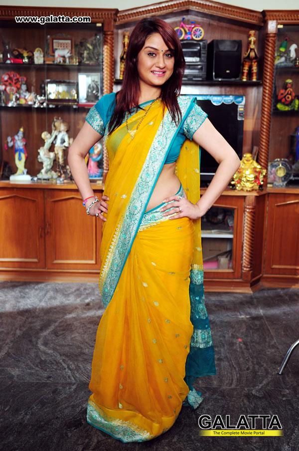 Sonia Agarwal Photos