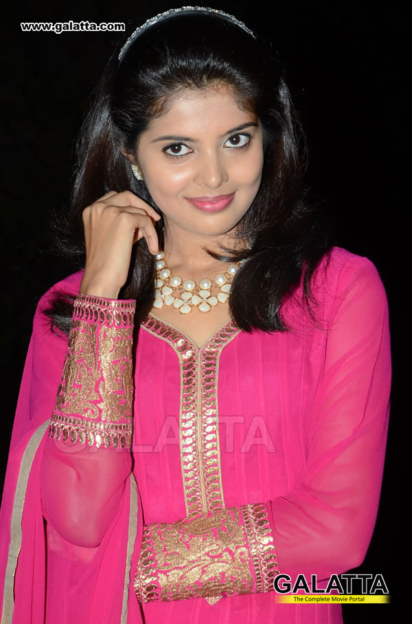 Sravya Actress Wiki