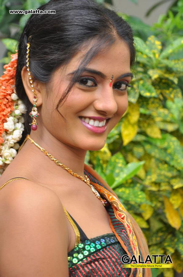 Sruthi Actress Wiki